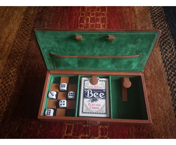 Coffret à jeux en cuir vintage de la marque Le Tanneur
