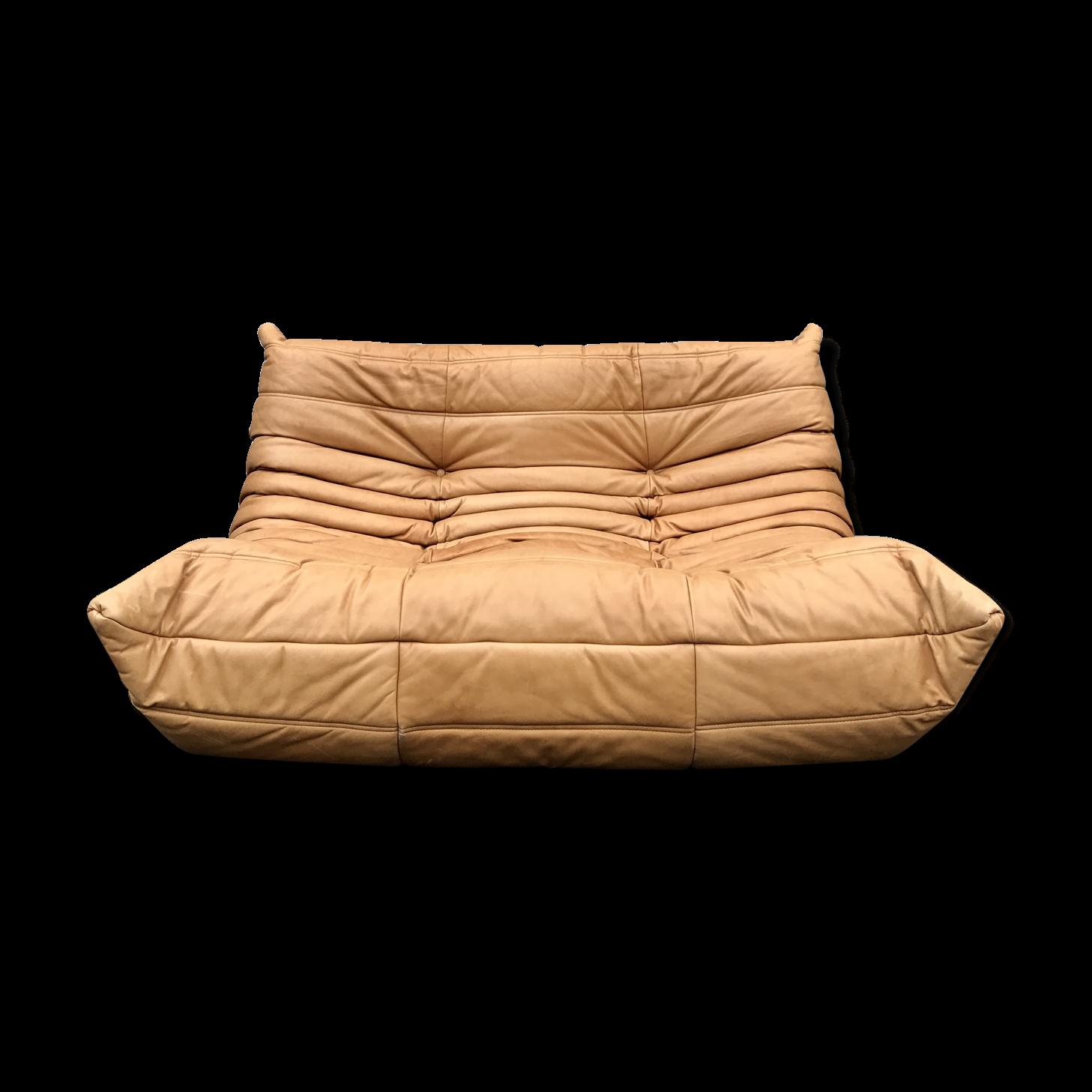 banquette togo latest previous with banquette togo trendy fauteuil togo vintage en cuir bleu. Black Bedroom Furniture Sets. Home Design Ideas
