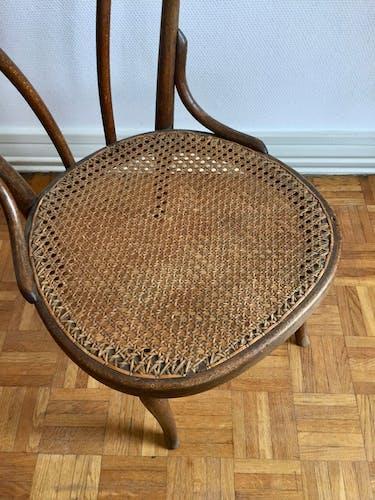 Chaise de nourrice Thonet