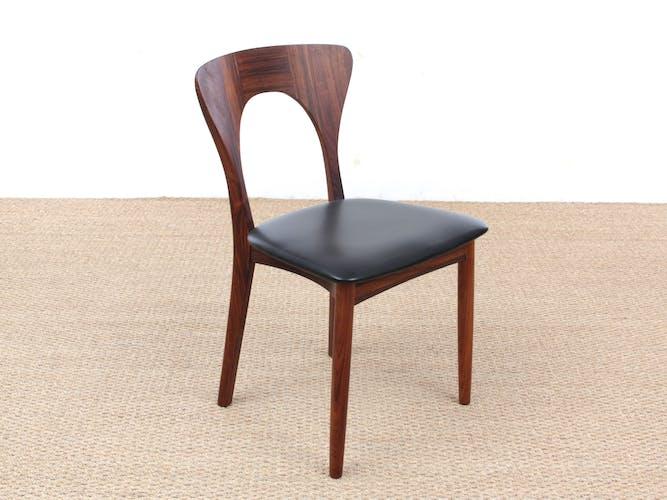 Suite de 4 chaises scandinaves en palissandre de Rio Modèle Peter