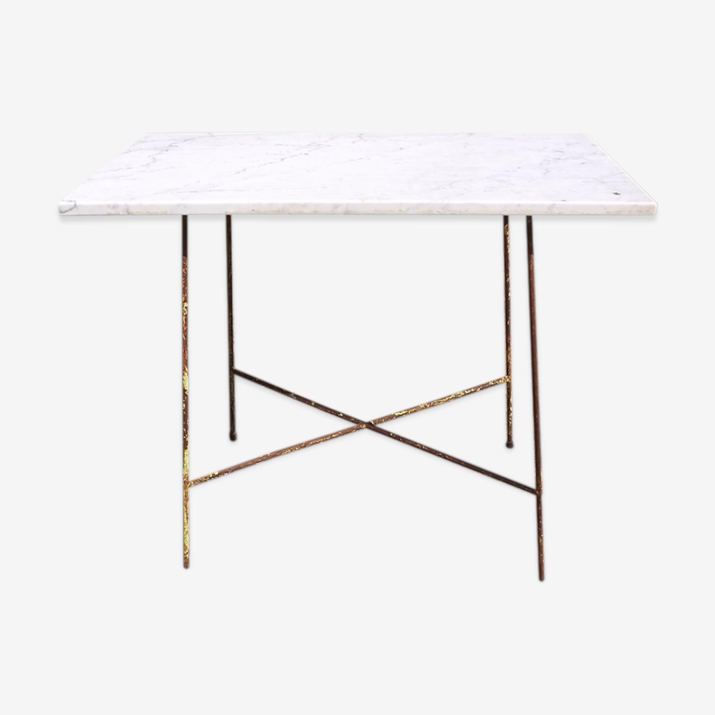 Table en fer et marbre
