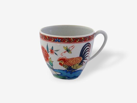 Cinq tasses à café, Porcelaine Haviland de Limoges. Motif coq chinoiseries