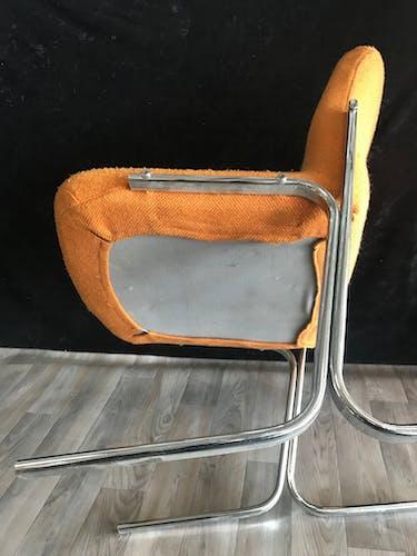 Fauteuil design année 70