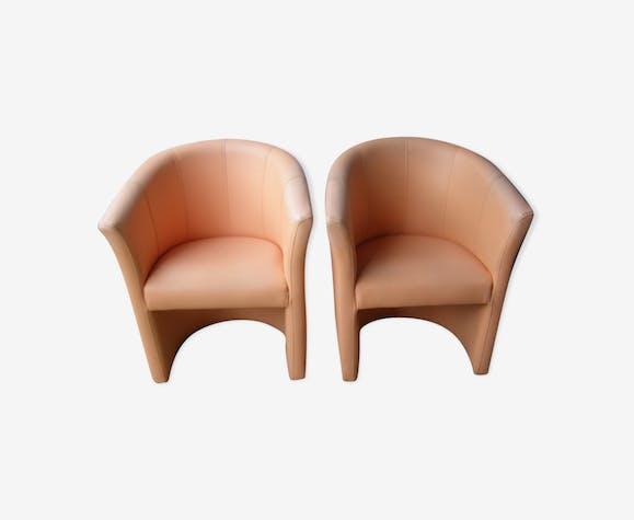 Paire de fauteuils cabriolet en simili cuir vintage années 60