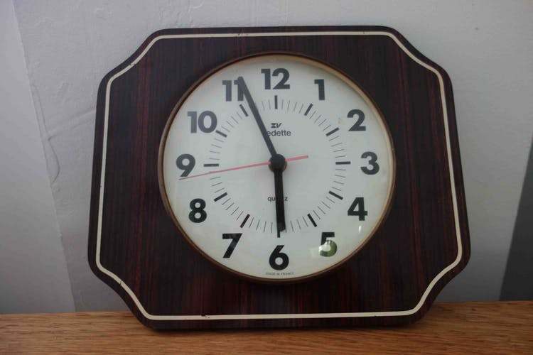 Pendulum wall clock vintage Star