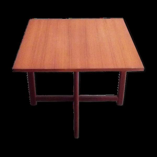 Table danoise carrée en teck circa 1960