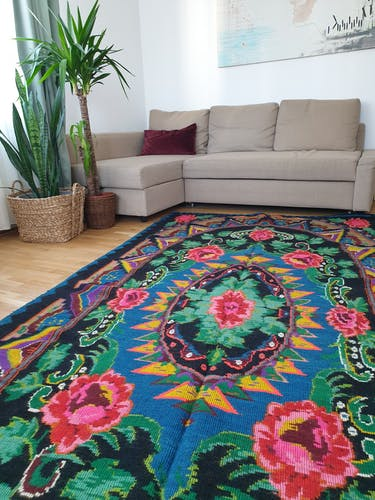 Large handmade Romanian rug 330X160cm with amazing bohemian floral design