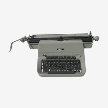 Old typewriter Facit Sweden t2 vintage metal