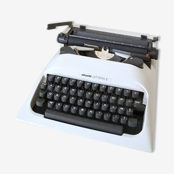 Machine à écrire Olliveti Lettera 10 blanche