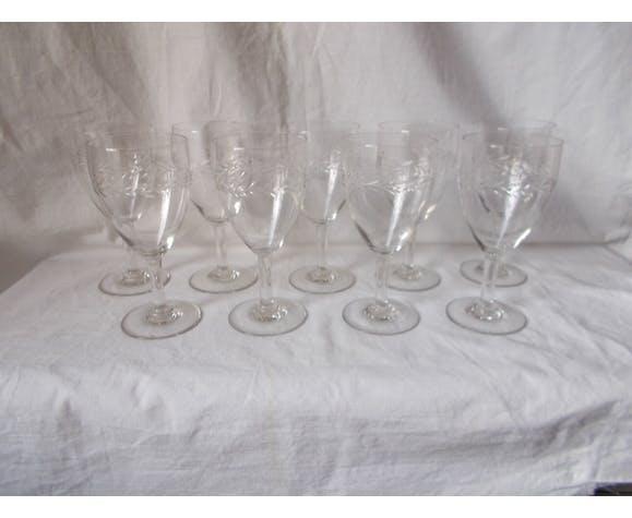 set 9 old wine glasses