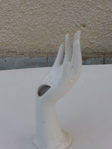 White enamelled ceramic hand, baguier, jewelry holder, soliflore, vintage vase 1970