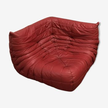 """Togo"" angle chair red leather by Michel Ducaroy for Ligne Roset"