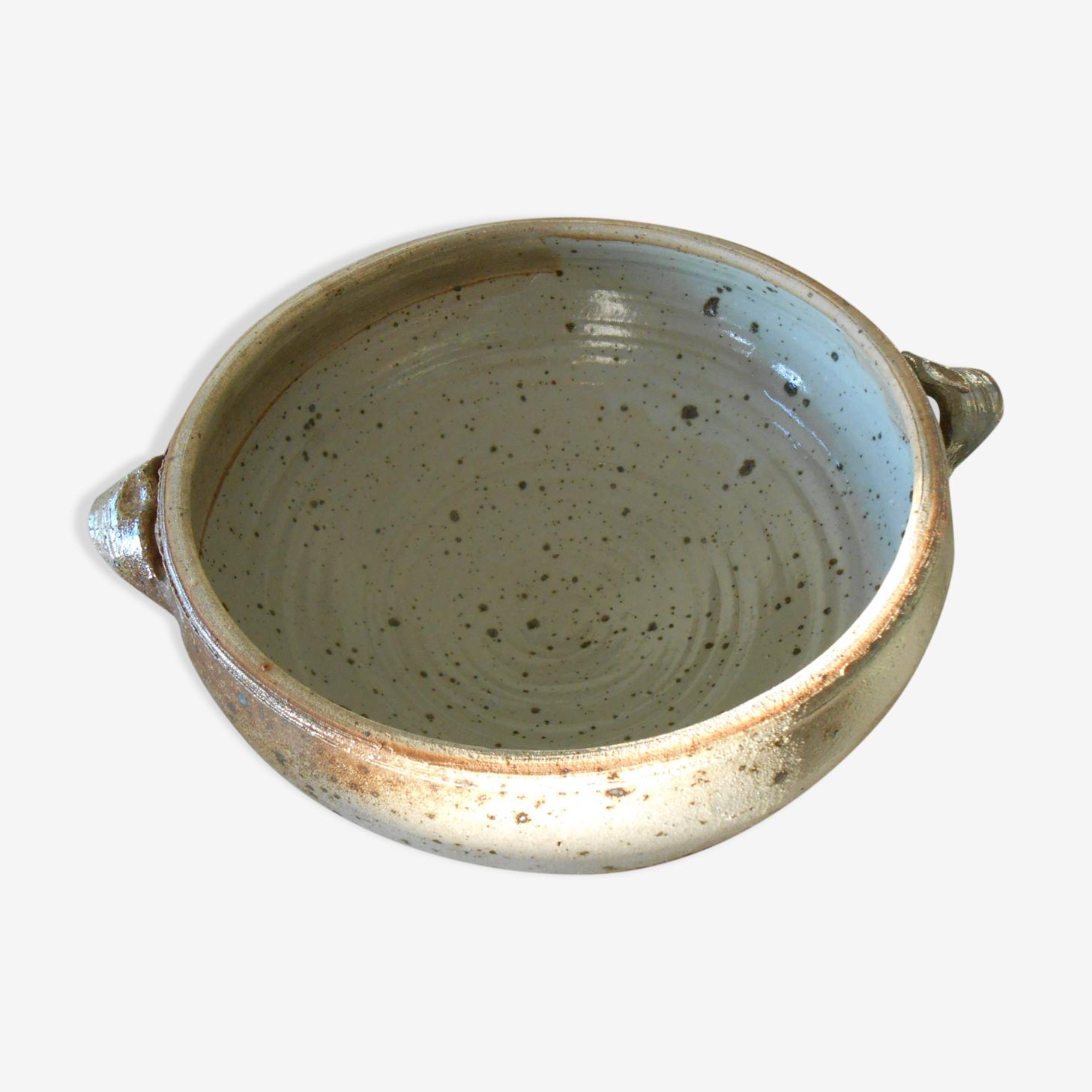 Bowl in sandstone of Dinard