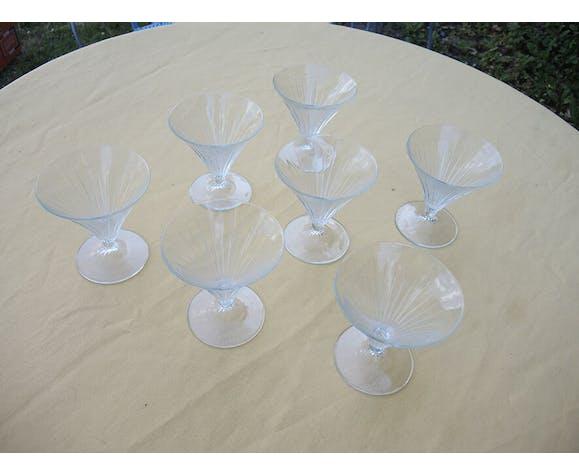7 anciennes coupes à glaces / à champagne en verre de style art deco