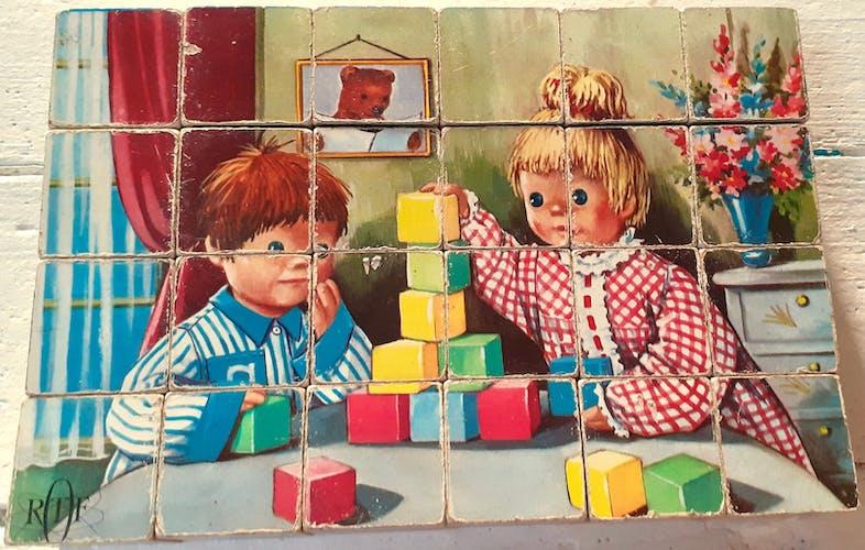 Lot de 5 jouets vintage cubes années 60
