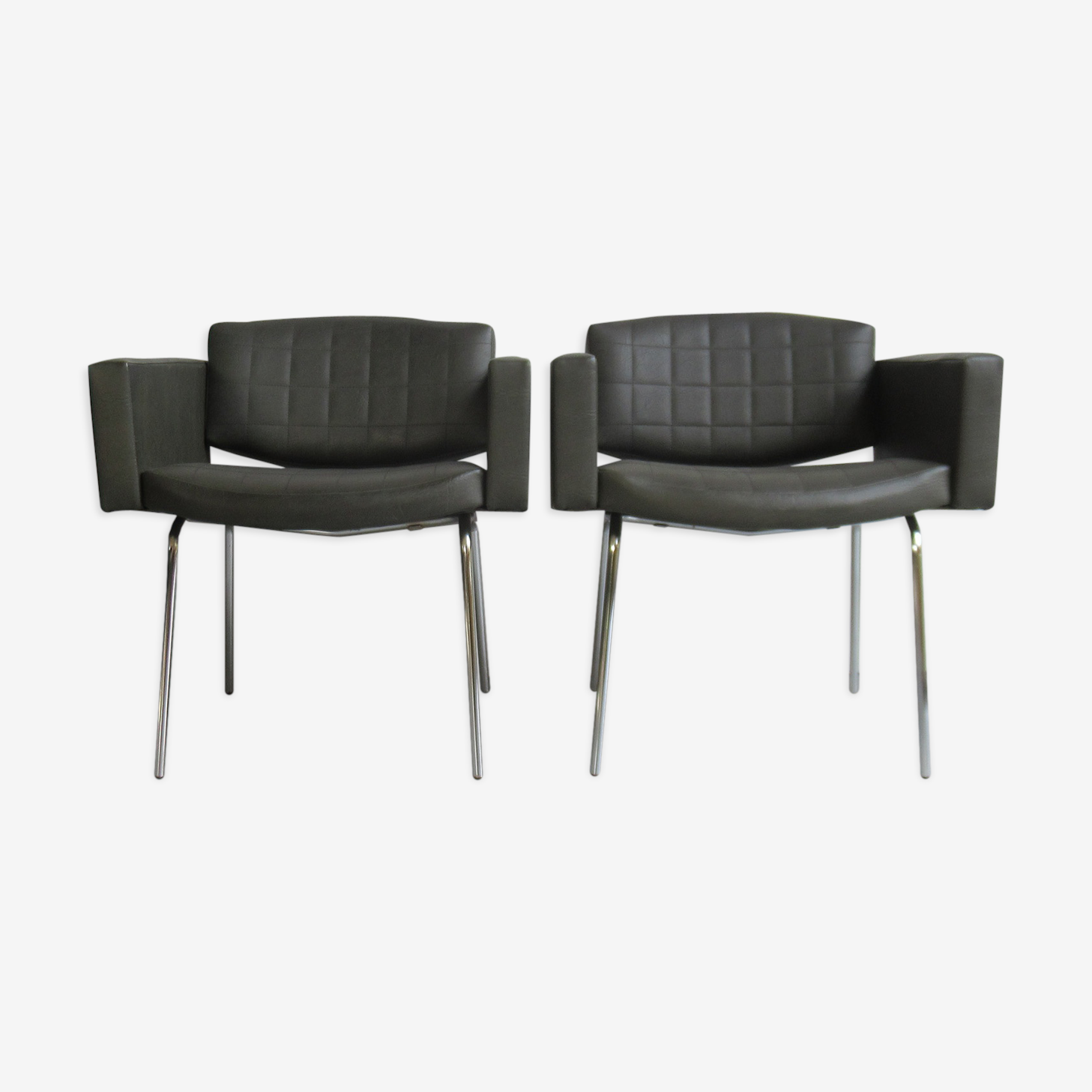 Pair of armchairs 'Conseil' of Pierre Guariche for Meurop 1960
