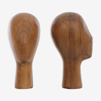 Pair of oak manequin head