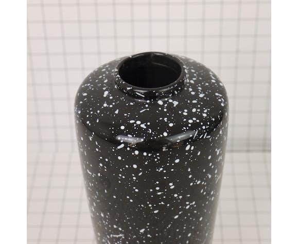 Black and white speckled vase