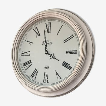 Horloge blanche vintage