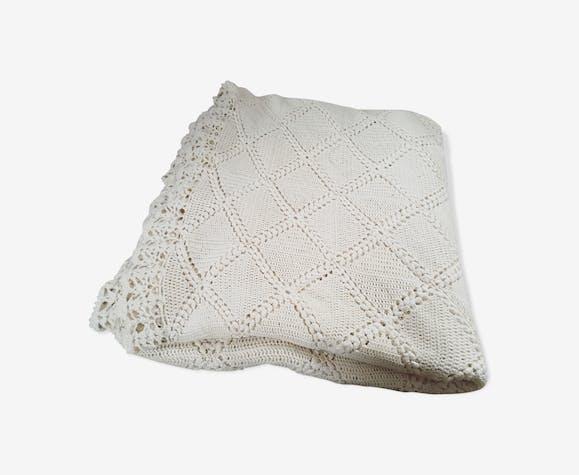 Plaid dessus de lit couvre-lit en crochet beige ancien