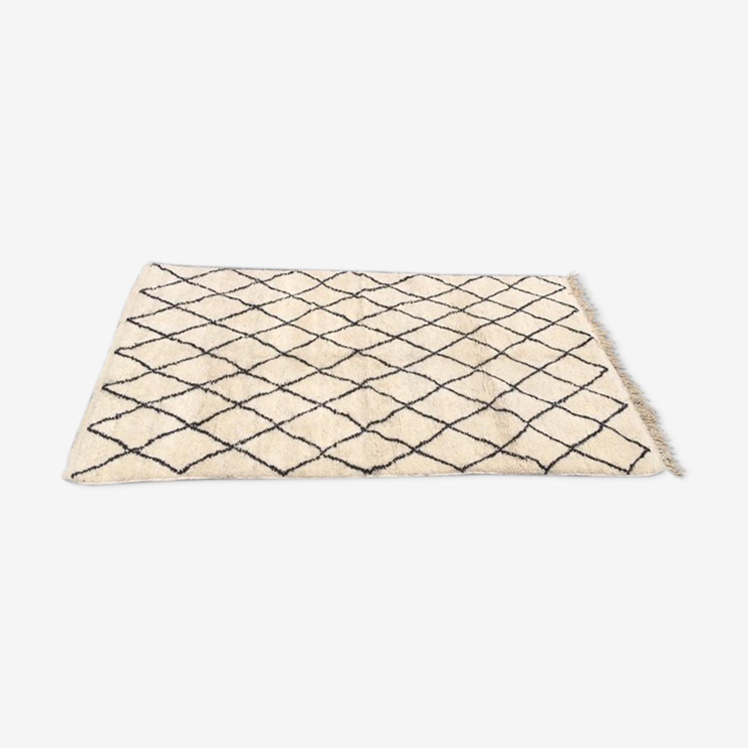 Beni ouarain rug black rhombuses 240x150cm