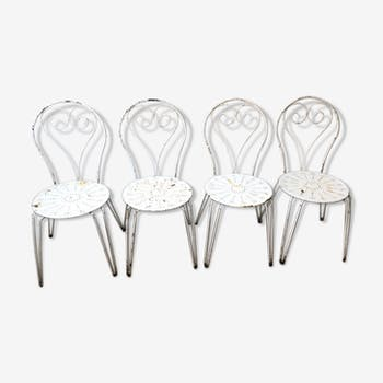 Lot of 4 old metal garden chairs
