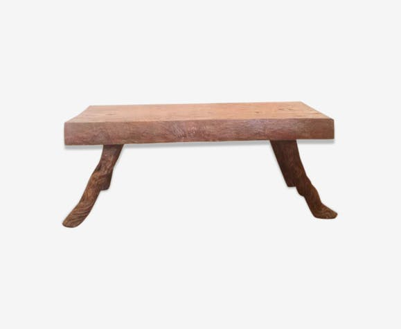 Table basse en bois brut tropical