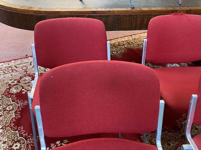 Suite de 8 chaises pr Giancarlo Piretti pour Castelli