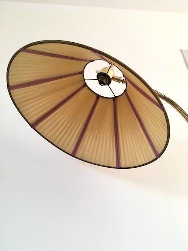 Lampadaire vintage en laiton années 50