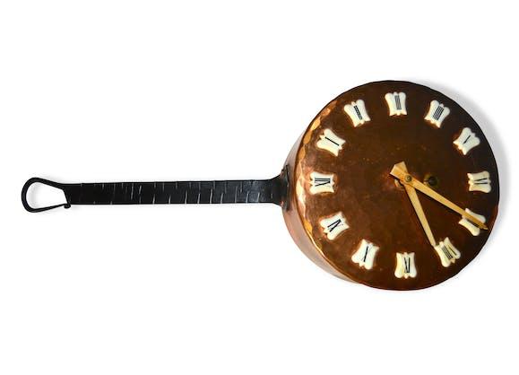 casserole pendule horloge en cuivre vintage cuivre dor classique 73511. Black Bedroom Furniture Sets. Home Design Ideas