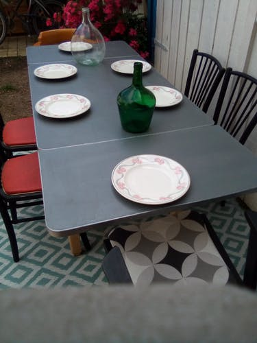 Mado table, waxed concrete with extension cords 50