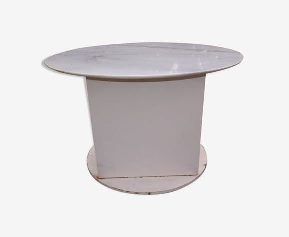 Table de jardin fer et plateau marbre - marbre - blanc ...