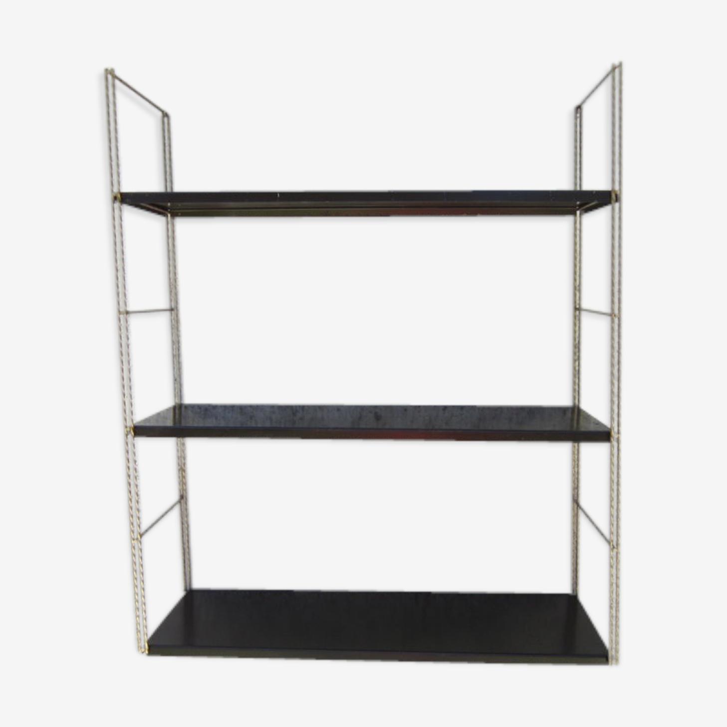 Shelf wall metal string