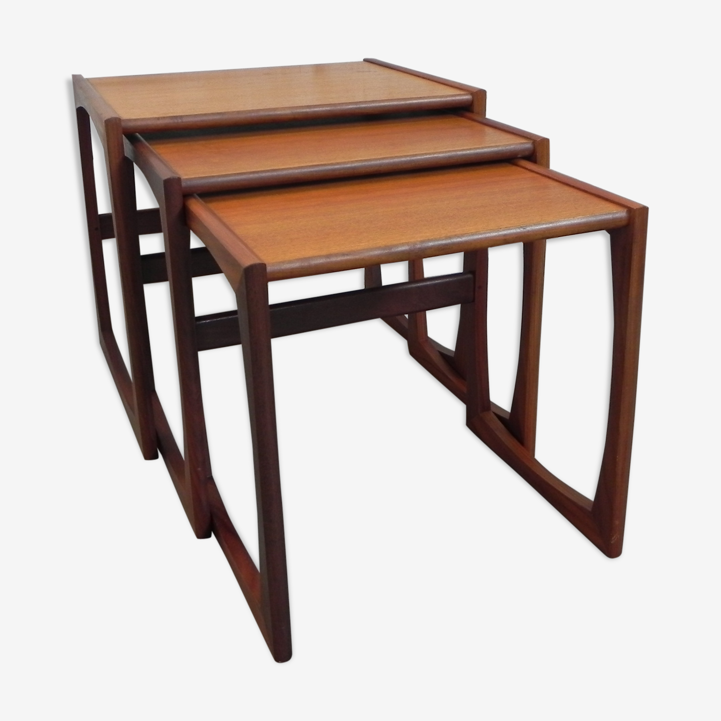3 nesting tables G Plan