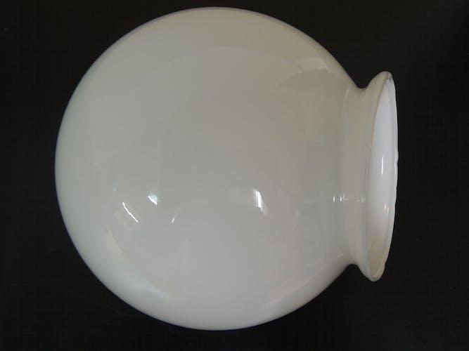Globe sphére opaline