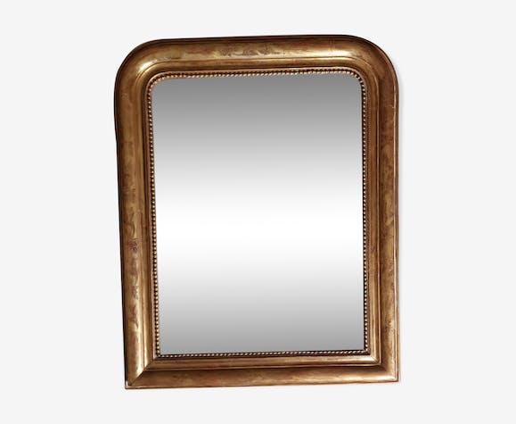 Miroir Louis Philippe en stuc bois doré à la feuille et gravé 62x76cm