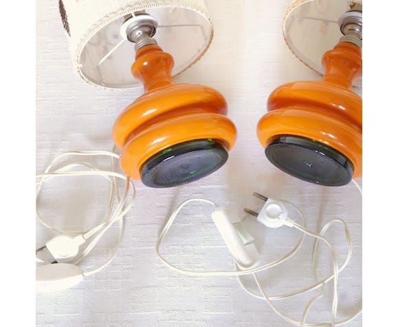 Paire de lampe orange brodées
