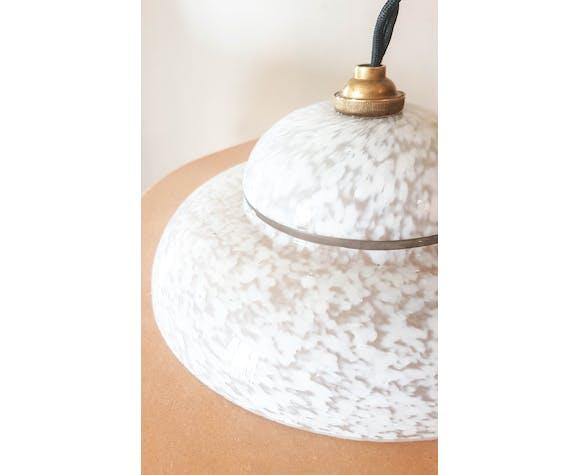 Baladeuse opaline blanche verre de clichy suspension lumineuse vintage