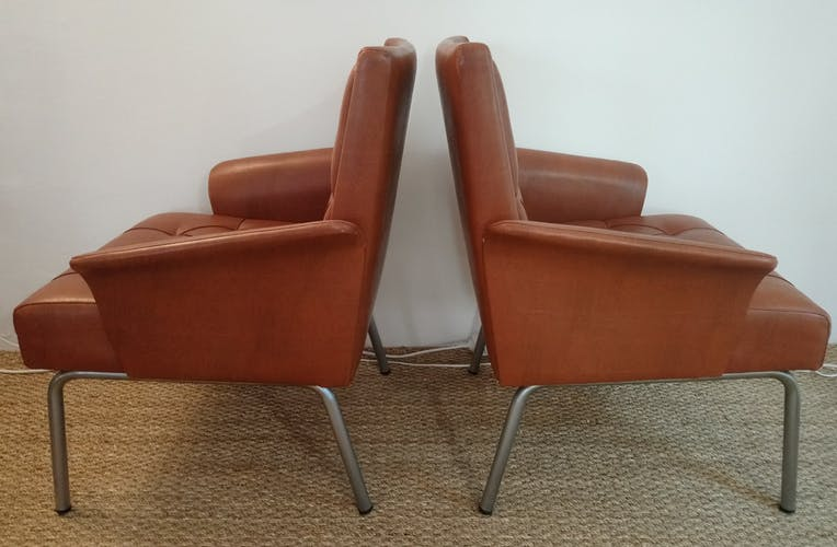 Pair of 60s resting chairs