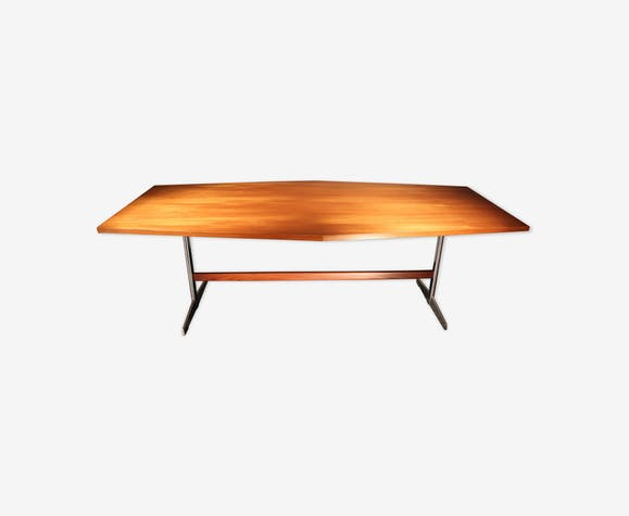Table of the 70s