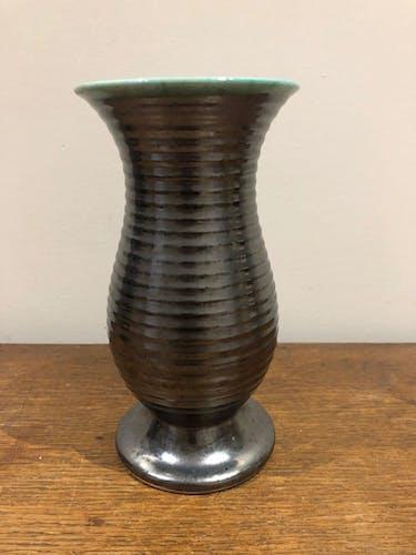 Vase saint Clement en céramique noire