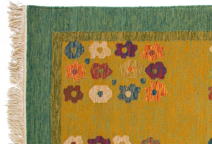 Scandinavian 20th century vintage rug. 237 x 165 cm (93.31 x 64.96 in)