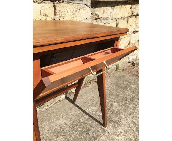 Bureau Ancienne Table De Couture Et Sa Machine A Coudre Singer