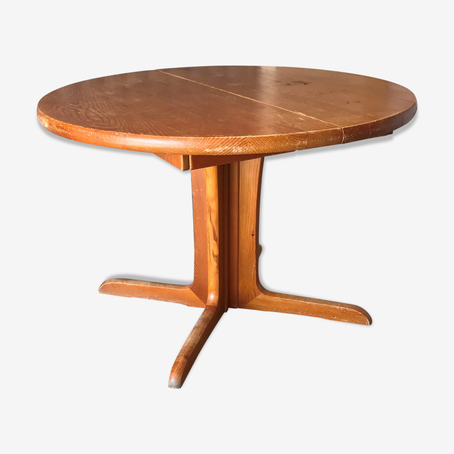 Oval round table 1970
