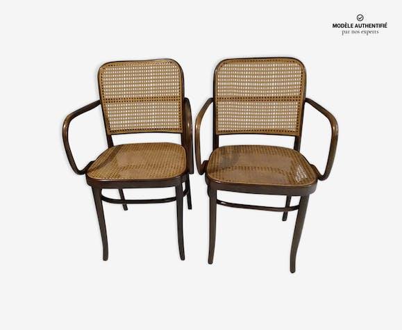 Paire de fauteuils modèle 811 pour Thonet - bois (Matériau) - bois ...