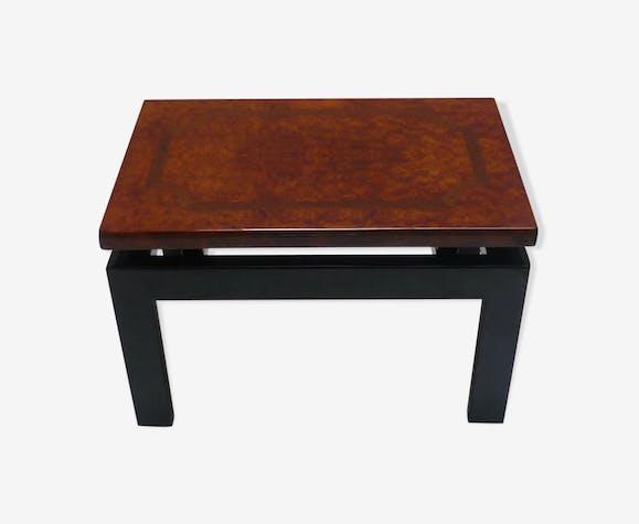 table basse laqu e noire et plateau en bois de loupe d orme bois mat riau bois couleur. Black Bedroom Furniture Sets. Home Design Ideas