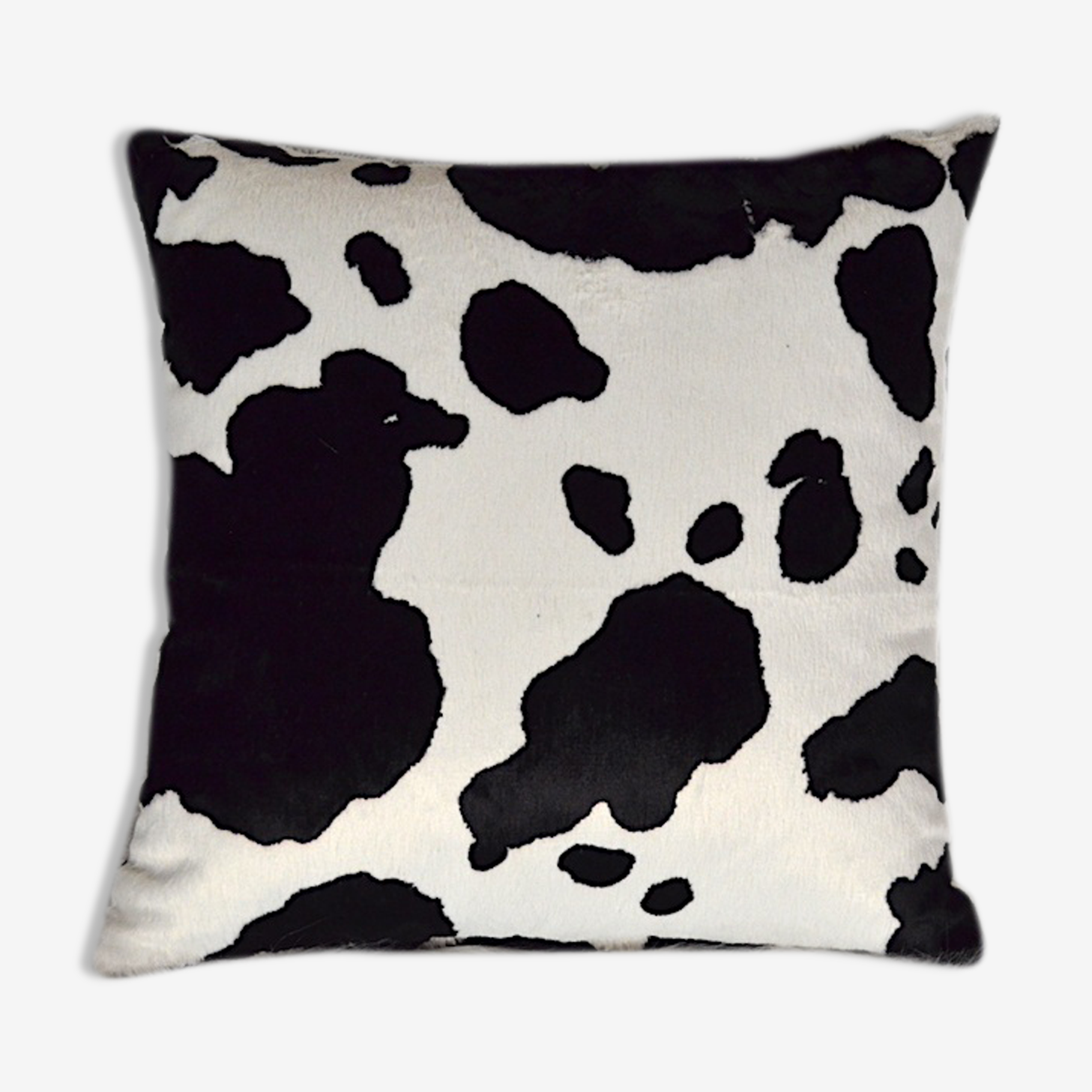 Coussin design fourrure motif vache fait main made in france