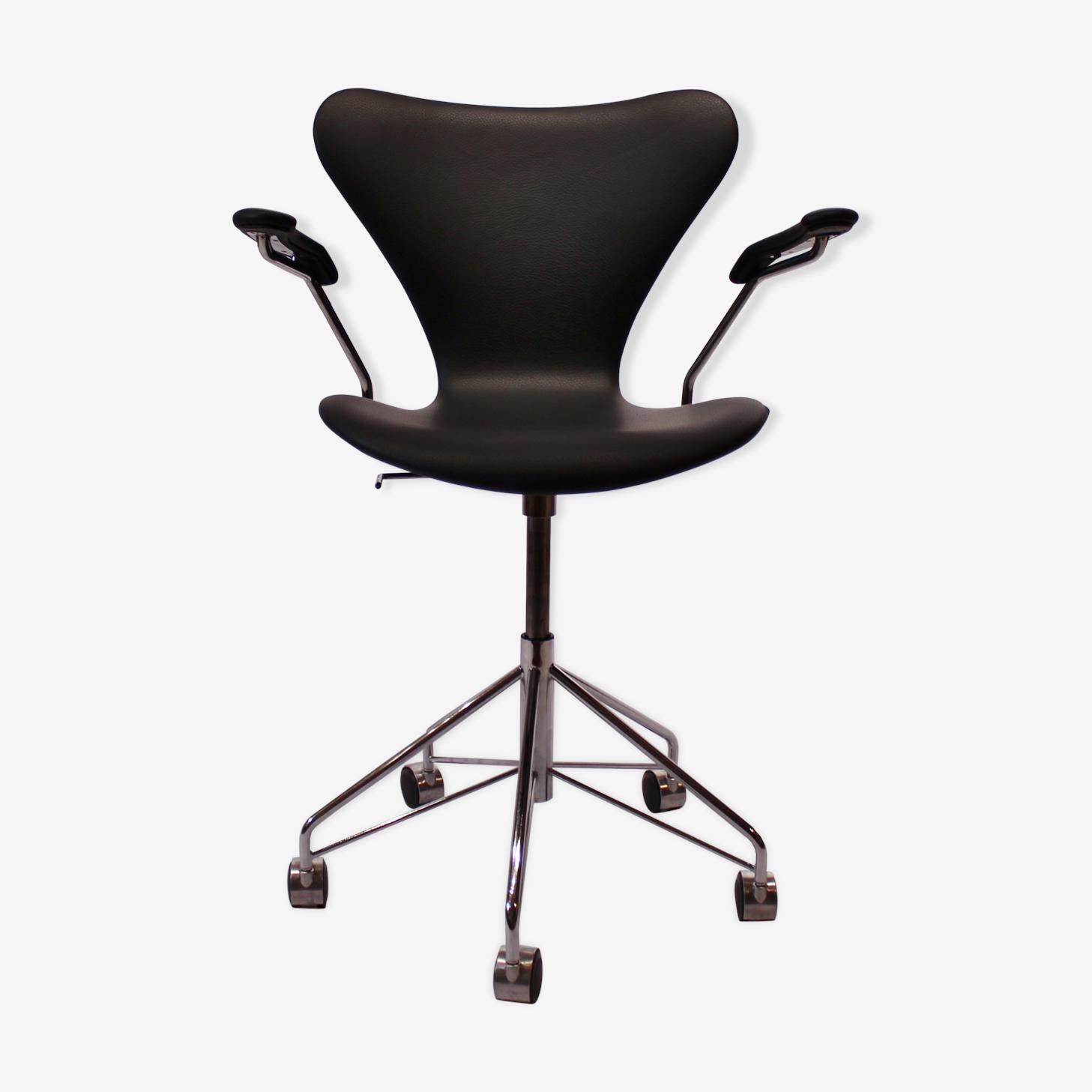 Chaise De Bureau Seven Modele 3217 Par Arne Jacobsen Et Fritz Hansen
