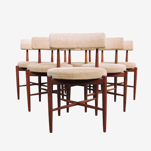 Chaises à manger en teck et en tissu crème du milieu du siècle par G-Plan, ensemble de 6