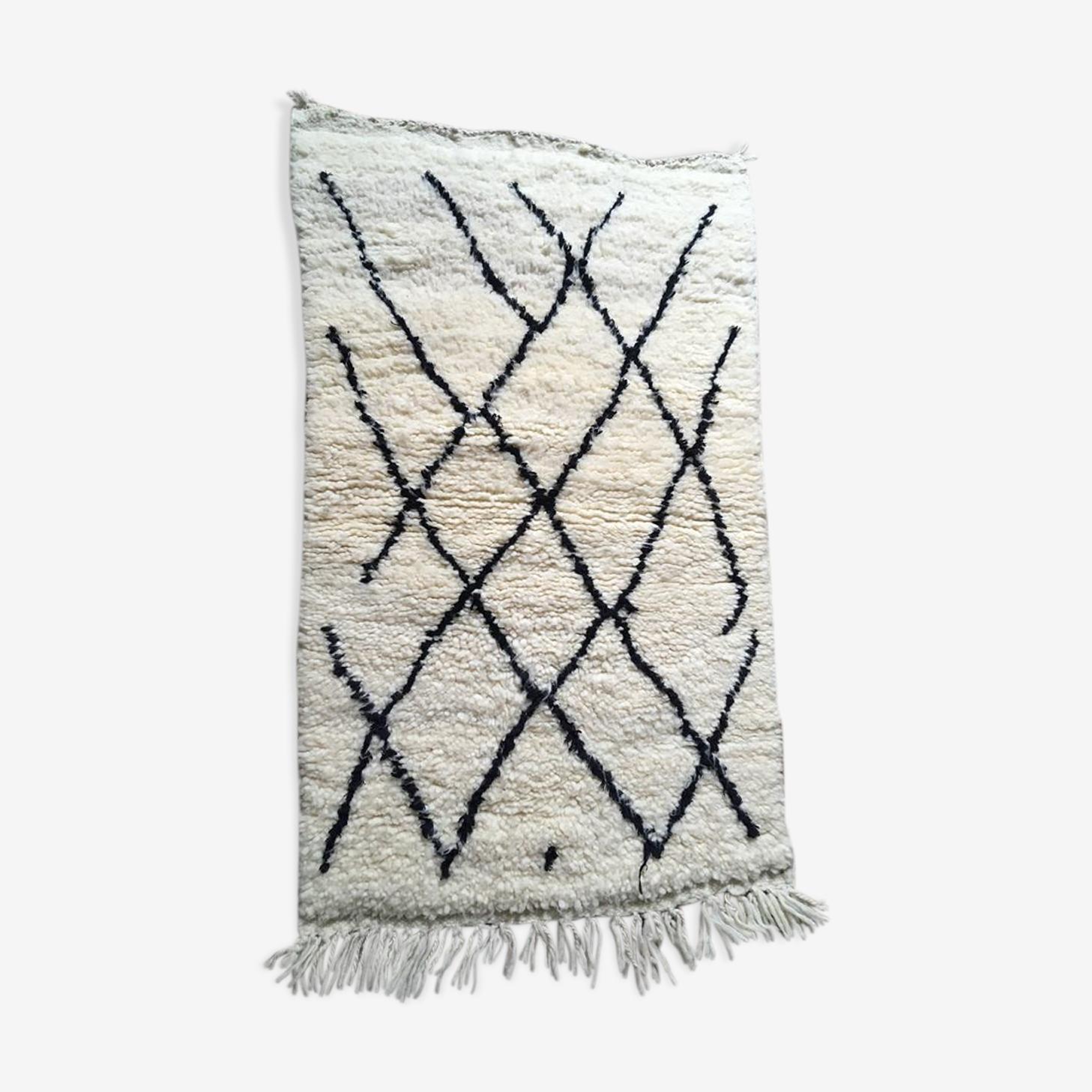 Handmade berber carpet 110x63cm